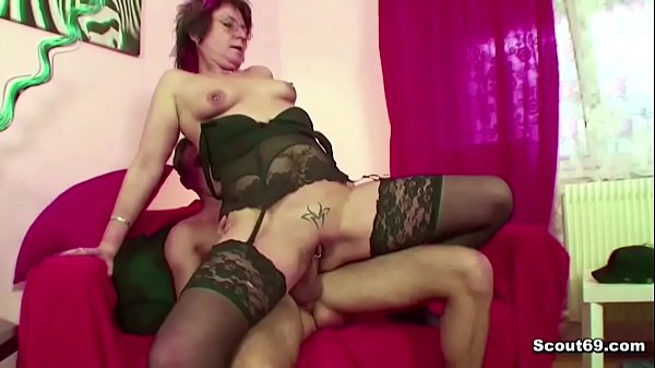 Mom caught, Watch mom, Son caught, Seduce, Mom help, Mom fuck son