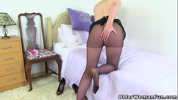 Cougar, English, Mum, Mom nylon